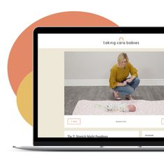 Taking Cara Babies helps babies get sleep by providing online sleep classes and resources for newborn to two-year-olds. Baby L, Mom And Baby, Classic Baby Books, First Baby Pictures, Newborn Needs, Baby Bath Time, Best Baby Shower Gifts, Baby Bundles, Babies First Year