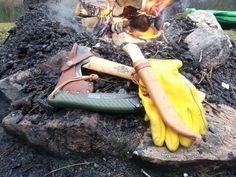 Bacho såg, Hestra arbets handske, Gränsfors Yxa & Same kniv