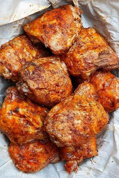These oven-fried chicken thighs are extra crispy on the outside and very tender and juicy on the inside. There isn't a more succulent baked chicken thigh than this. They are like deep-fried chicken thighs, only without a mess and all the added calories. Chicken Thights Recipes, Oven Chicken Recipes, Meat Recipes, Cooking Recipes, Bake Chicken In Oven, Cooking Tips, Roast Chicken Thigh Recipes, Best Baked Chicken Recipe, Carne Asada