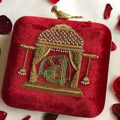 Best Wedding Accessories in India Trendy Purses, Cheap Purses, Hand Work Blouse Design, Fancy Blouse Designs, Latest Handbags, Purses And Handbags, Embroidery Purse, Ribbon Embroidery, Fashion Bags