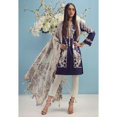 3138746f81 Sana Safinaz Muzlin Lawn 2017 Eid Collection | Sana Safinaz Muzlin Lawn  Prints | Eid collection, Eid collection 2017, Fashion