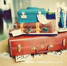 vintage suitcase cake!