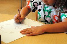 Chuyên gia về gia đình và phát triển trẻ em Merete L. Kropp đã đưa ra 10 dấu hiệu mà bà quan sát được ở những đứa trẻ mầm non báo hiệu đứa trẻ đó sẽ học tốt ở trường.           1.Khả năng đưa ra lựa chọn Ở trường học, trẻ em sẽ được trao nhiều cơ hội để đưa ra lựa chọn. Chúng sẽ phải chọn chơi ...  http://cogiao.us/2017/01/09/10-dau-hieu-du-doan-con-ban-se-hoc-hanh-thanh-