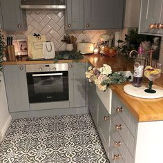 Want Some Inspiration? Take a Look at our Customers creations - Tons Of Tiles Kitchen Floor Tile Patterns, Small Kitchen Tiles, Grey Kitchen Floor, Patterned Kitchen Tiles, Small Galley Kitchens, Open Plan Kitchen, Kitchen Flooring, Tile Floor, Kitchen Design