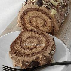 Baking Recipes, Cookie Recipes, Dessert Cake Recipes, Desserts, Kolaci I Torte, Torte Cake, Croatian Recipes, Best Food Ever, Homemade Cakes