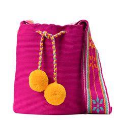 Tienda online de Bolsos Wayuu étnicos y artesanales en Madrid |Full Moonrise Crochet Accessories, Bag Accessories, Fabric Drawing, Cotton Bag, Hand Knitting, Bucket Bag, Coin Purse, Crochet Patterns, Weaving