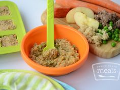 Baby Food: Quinoa Beef and Veggies - Olesea Plesu - Baby Food: Quinoa Beef and Veggies A delicious mix of carrots, peas, beef and quinoa that will certainly appeal to your month old, and even smell yummy enough for a grown up to eat! Baby Food Recipes 6 9, Healthy Baby Food, Pureed Food Recipes, Beef Recipes, Healthy Recipes, Food Baby, Beef Recipe Baby Food, 9 Month Old Baby Food, Cooking Recipes