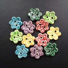 I have a button die for the Cuttlebug- wonder if this would work with air dry clay?