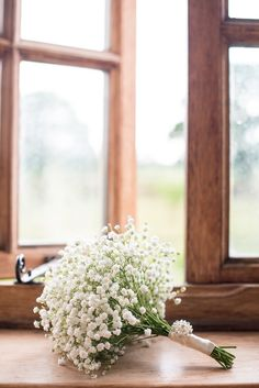An Elegant 1920s inspired White Wedding With Gypsophilia Details: Jodie & Tom