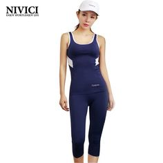 Women's sports suit 2016 sleeveless top+tingh capri pants yoga set breathable stretch well absorbent fitness training clothing