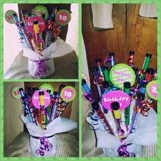 18 shot bouquet Shot Bouquet, 21st Birthday Presents, Crafts, Booze Bouquet, Manualidades, 21 Birthday Presents, Handmade Crafts, Craft, Arts And Crafts