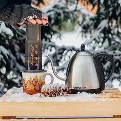 Snow Brewing // AeroPress Bundle Sale On NOW!    TAG your coffee friend!    Shop NOW  @originalaeropress Link in Bio  by @primacoffee by originalaeropress