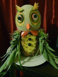 Whooo whoooo.Owl Food Art! #foodsculpture