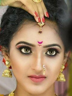 Beautiful Girl Indian, Beautiful Indian Actress, Cute Girl Pic, Cute Girls, Beauty Full Girl, Beauty Women, Lehnga Dress, India Beauty, Girl Face