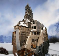 31 Wacky Buildings From Around The World, wooden Gagster house, Russia