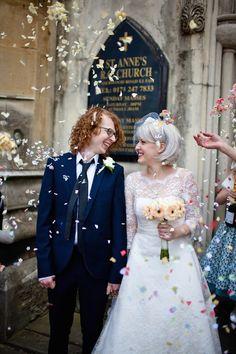 How to Wear a Bob for your Wedding | Bridal Bobs | Bridal Musings Wedding Blog 24