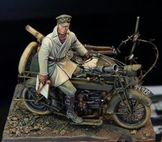 Figure Military Figures, Military Diorama, Military Art, Miniatur Motor, Motorcycle Model Kits, Trump Models, Military Modelling, Miniature Figurines, Tamiya