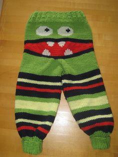 My Little Monster, Little Monsters, Crochet Pants, Knit Crochet, Baby Dungarees, Baby Barn, Baby Pants, Baby Knitting, Little Ones