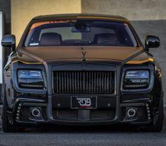 www.InsaneBuzz.com Unique Matte Black Rolls Royce #CarFlash