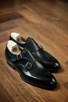 http://chicerman.com  gentlemansessentials:  Saint Crispin  Gentlemans Essentials  #menshoes
