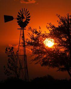 Sunrise in Waco Texas