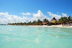 Akumal Beach (Paradise!) #DestinationWedding #RivieraMaya Beach Pool, Ocean Beach, Honeymoon Destinations, Holiday Destinations, Vacation Trips, Dream Vacations, Akumal Beach, Serenity Now, Cities