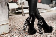 1990 has evolved a Street Footwear Culture of its own! Knee Boots, Biker, Footwear, Shoes, Fashion, Moda, Zapatos, Shoe, Shoes Outlet