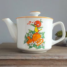 I really am keen on the shades, outlines, and depth. This really is a brilliant idea if you really want a Orange Bird, Orange Orange, Yellow, Teapot Tattoo, Orange Order, Grey Wall Decor, Tree Of Life Art, Hanukkah Decorations, Florida Oranges