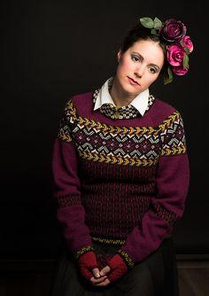 Ravelry: Fridas blomsterranke, genser pattern by Karihdesign Kari Hestnes Knitting Charts, Lace Knitting, Knitting Patterns, Knit Crochet, Knitting Ideas, How To Start Knitting, How To Purl Knit, Norwegian Knitting, Fair Isle Knitting