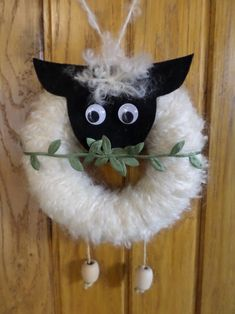 (notitle) - Ostern und Frühling - Cuidados com o Jardim Christmas Crafts, Christmas Decorations, Christmas Ornaments, Curtain Rings Crafts, Diy Craft Projects, Diy And Crafts, Sheep Crafts, Bible Crafts, Easter Crafts For Kids