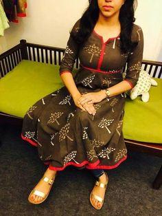 Different types of kurtis designs - Easy Craft Ideas Salwar Designs, Kurta Designs Women, Kurti Designs Party Wear, Dress Neck Designs, Blouse Designs, Indian Designer Outfits, Indian Outfits, Indian Dresses, Churidhar Designs