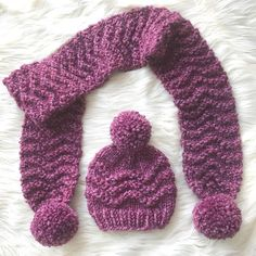 Free matching set knitting pattern!