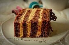 felie tort cu ciocolata, crema mascarpone si dulce de leche Romanian Food, Nutella, Tiramisu, Food To Make, Banana Bread, French Toast, Deserts, Sweets, Candy