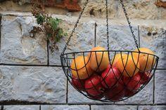 Pomegranate season in Jerusalem - pomes & oranges