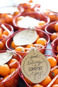 Healthy and Simple Neighbor Gift Idea - give a basket of oranges!