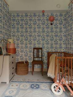 Baby Bedroom, Baby Room Decor, Kids Bedroom, Bedroom Decor, Kid Spaces, Living Spaces, Vintage Bedroom Styles, Modern Crib, Kids Corner