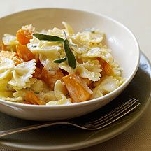 Easy, delicious and healthy Pasta with Butternut Squash and Sage recipe from SparkRecipes. See our top-rated recipes for Pasta with Butternut Squash and Sage . Sage Recipes, Ww Recipes, Pasta Recipes, Cooking Recipes, Healthy Recipes, Healthy Meals, Dinner Recipes, Weight Watchers Pasta, Weight Watcher Dinners