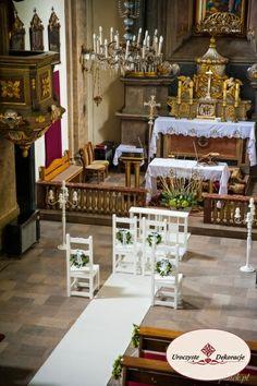 Biały dywan na ślub Church Decorations, Table Decorations, Table Settings, Wedding, Party, Valentines Day Weddings, Place Settings, Weddings, Marriage