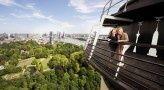 Euromast - Met groots uitzicht genieten van eten & drinken, zaken & feesten, ontdekken & beleven en slapen & ontwaken in de Euromast te Rotterdam!