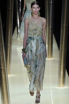 Armani Privé Spring 2015 Couture Runway – Vogue