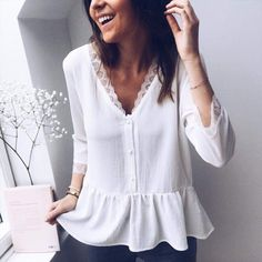 49 Super Ideas For Style Summer Elegant Neckline White Satin Blouse, Casual Outfits, Fashion Outfits, Fashion Trends, Blouse And Skirt, Blouse Styles, Mode Style, Spring Outfits, Blouses For Women