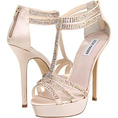 Steve Madden Showstop. Love these shoes in blue. They are my something blue on my wedding day:)