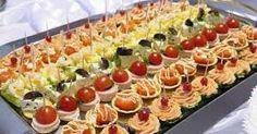 Los bocaditos nos permiten utilizar una gran variedad de rellenos con sabores diferentes. Podemos preparar tarteletas, canapés, arrolladitos...