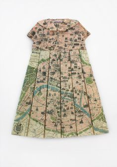 """Le petit pois magique"", map of Paris  LOVE - didn't know whether to repin to Paris or maps!!!"