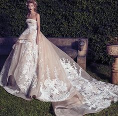 Make a statement with Saiid Kobeisy wedding dress. Available at Designer Bridal Room, Hong Kong Crystal Wedding Dresses, White Lace Wedding Dress, 2015 Wedding Dresses, Backless Wedding, Colored Wedding Dresses, Wedding Attire, Wedding Gowns, Wedding Pics, Wedding Things