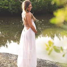 Where can I find this maternity dress? Water Maternity Photos, Maternity Poses, Maternity Portraits, Maternity Pictures, Pregnancy Photos, Maternity Dresses, Maternity Photography Outdoors, Newborn Photography, Expecting Photos