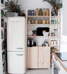 LOVE this fridge.