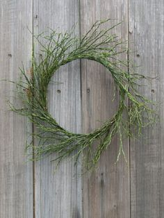 Wreath with the branches of blueberry. Step by step pictures on site.
