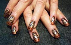 Diseños de uñas pinceladas manos y pies, diseño de uñas pinceladas animal print. Clic Follow,  #decoraciondeuñas #nailsCLUB #uñassencillas
