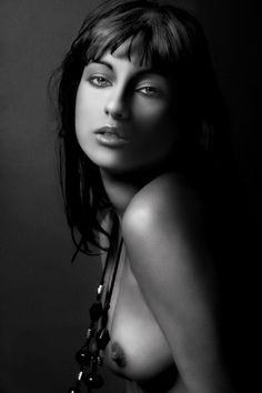 16 Amazing Artistic Nude Photos
